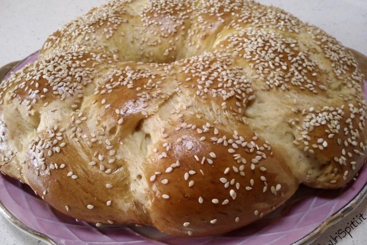 Tsoureki ricetta originale dolce greco for Siti ricette dolci